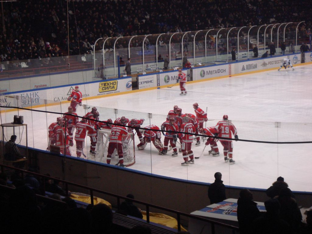 Ярославцы перед матчем) Сибирь сегодня была на голову сильнее Ярославля.  То ли забитый ЛДС, то ли недооценка...